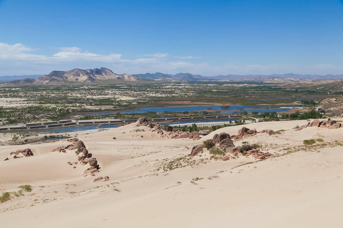中国最大的沙地在赤峰,孝庄文皇后在此出生,如今是沙漠冲浪胜地