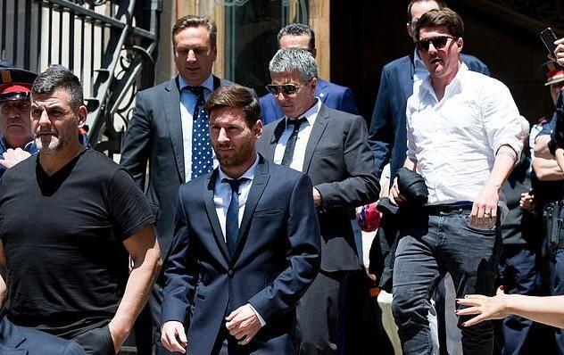 梅西:曾因税务问题想离开西班牙 为巴萨