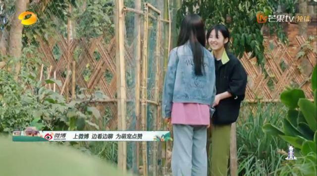 《向往的生活》张子枫笑起来好甜,说了一句让人心里暖暖的话!