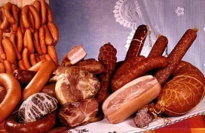 这五种致癌食物要少吃,你的身体健康正被侵蚀