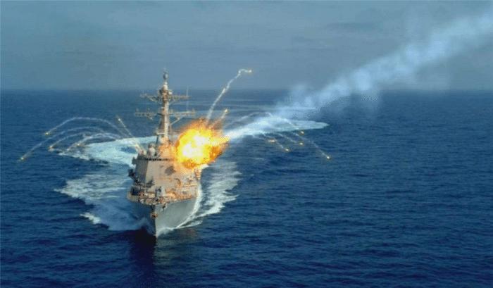 是谁下的黑手?伊朗军事演习发射反舰导弹,自家战舰当场被击沉