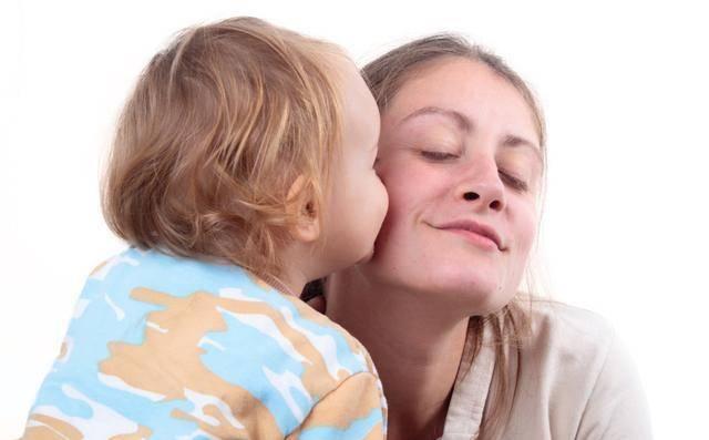 """会说""""谢谢""""就是感恩?对孩子的感恩教育,别""""流于形式""""而不自知"""