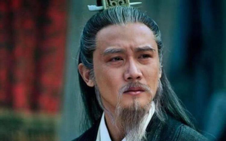 诸葛亮为什么愿意辅佐刘备?既然认准了刘备,还要对方多次相请?