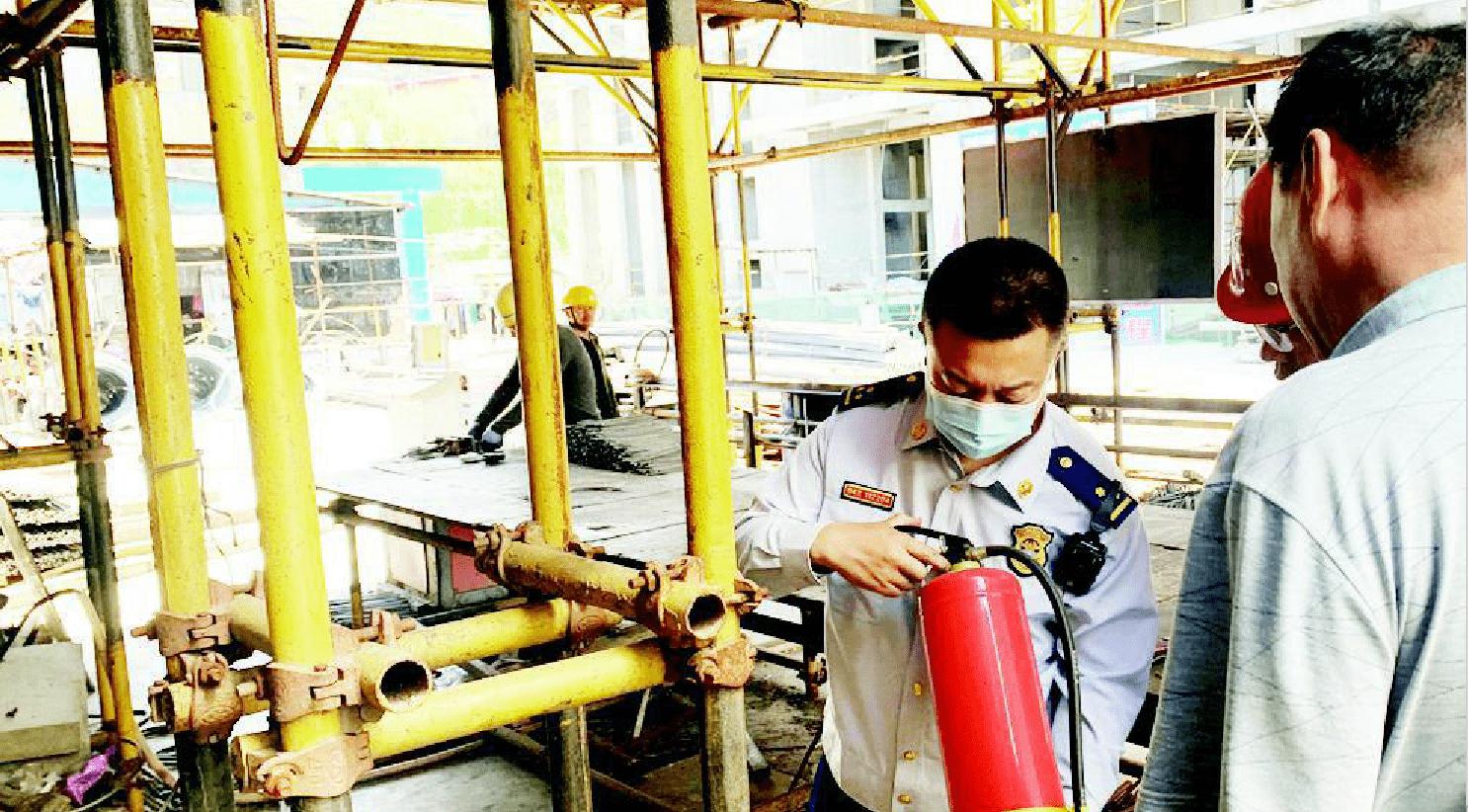太原:检查在建工地 消除火灾隐患