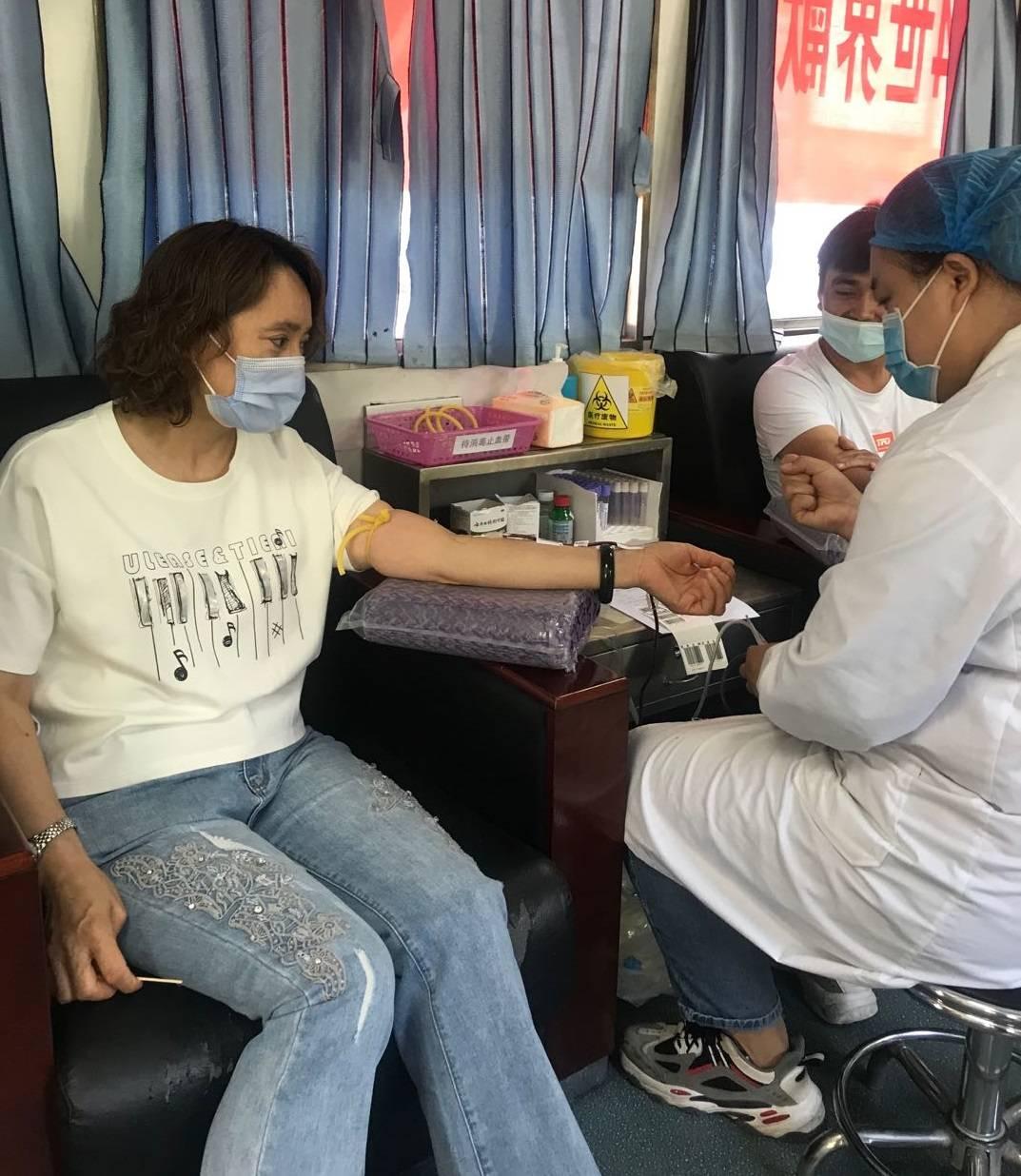 巴州住房公积金管理中心党员无偿献血丰富主题党日活动内容