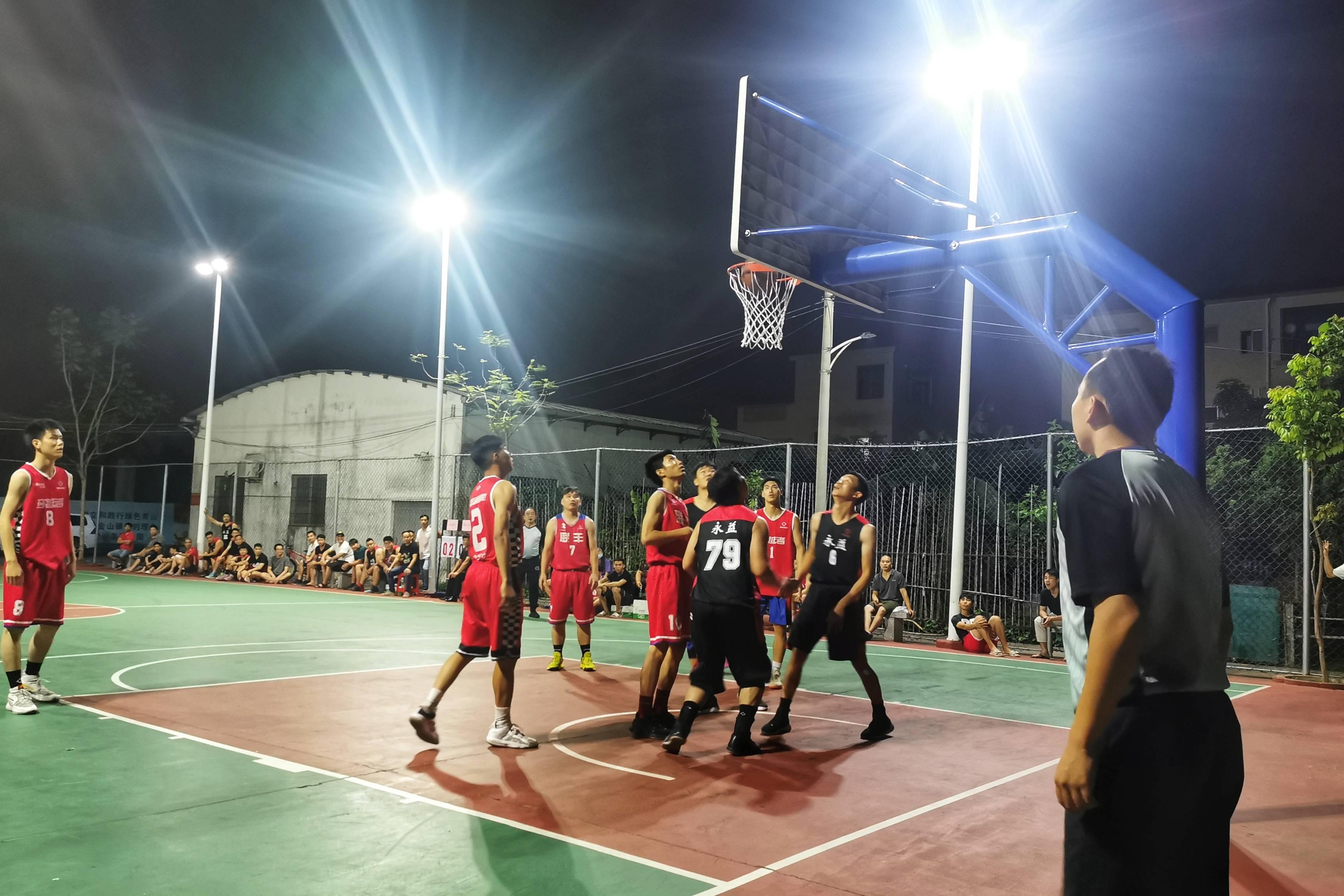 篮球比赛传友谊,禁毒宣传来助威