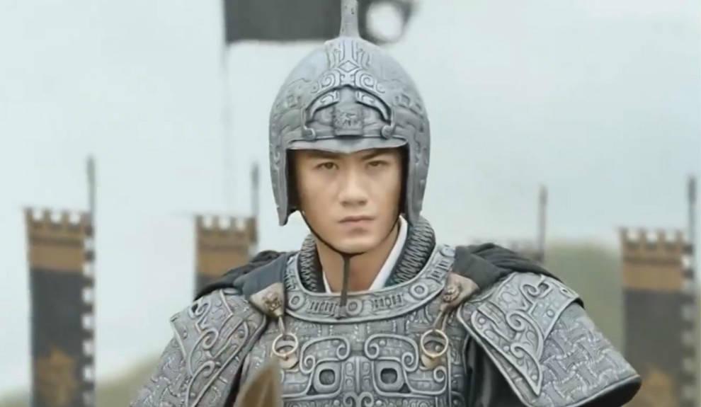 不是黄忠赵云,也没投靠孙策,曲阿小将在神亭岭被黄盖周泰杀了?