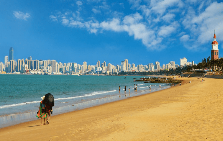 海口人均gdp_我国最被低估的省会:旅游经济被省内城市碾压,人均GDP排名前列