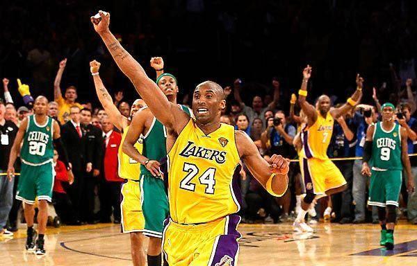 两年詹姆斯宣布加盟洛杉矶湖人队,这支NBA顶级豪门在沉寂了数个赛季后,终于迎来了真正意义的超级巨星,、