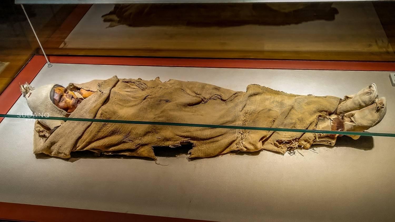揭楼兰古城那些未解之谜:腹中还有婴儿的千年女尸惊现人世