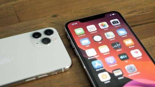 宁可下架微信也要反制苹果,马化腾可算是在关键时刻出了口恶气