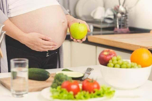 原创为了胎儿的健康,别人说的这些话孕妇可别信,很坑娃