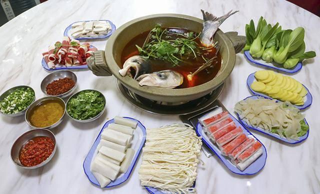 原创吃鱼时,鱼腥线不是腥味关键,这四处才是源头,做好了鱼肉才鲜嫩