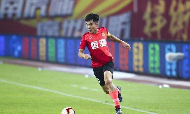 郑智创恒大队史暂仍是球员身份 中超开赛后决定是否退役