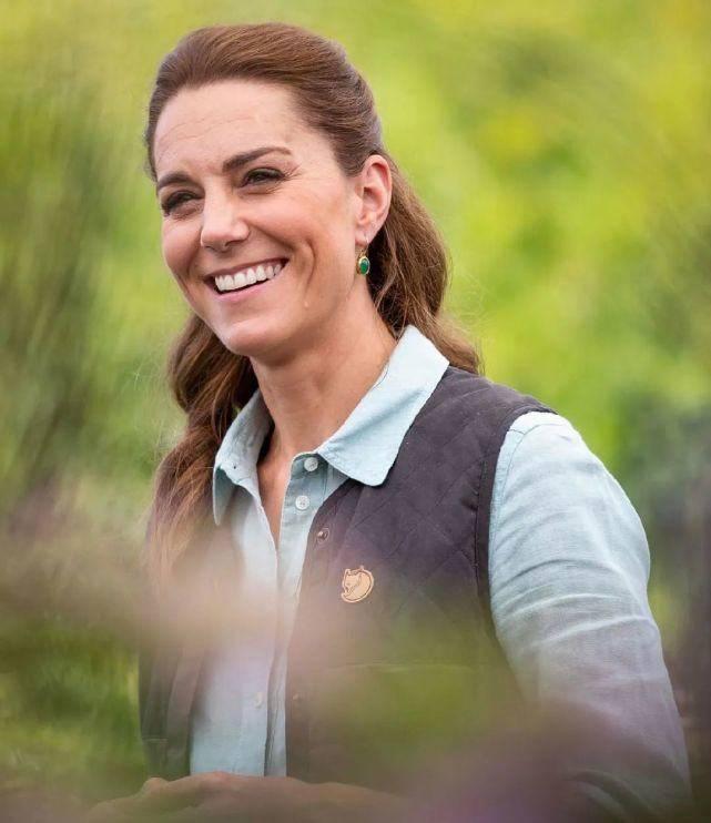 凯特王妃久违露面!才38岁面容就略显老气,脸部皱纹明显太沧桑 减肥窍门 第2张