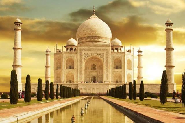 印度和中国条件相近,为什么发展比不上中国?有一个障碍难以逾越
