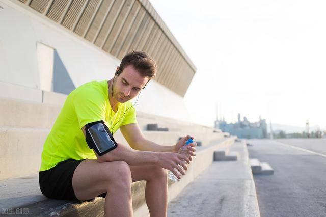 减肥的人,应该选择变速跑,还是慢跑?哪种减脂效果最佳? 减肥误区 第5张
