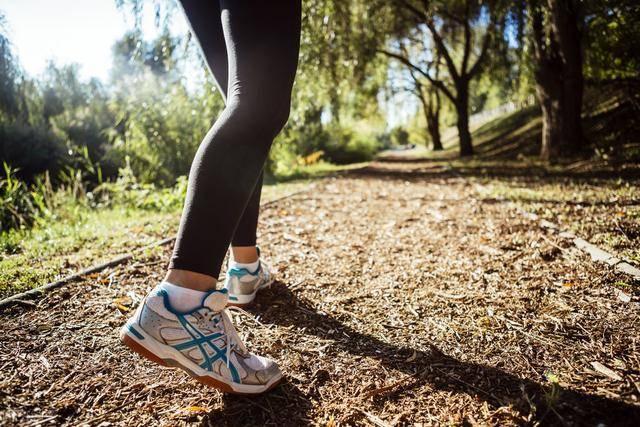 减肥的人,应该选择变速跑,还是慢跑?哪种减脂效果最佳? 减肥误区 第4张