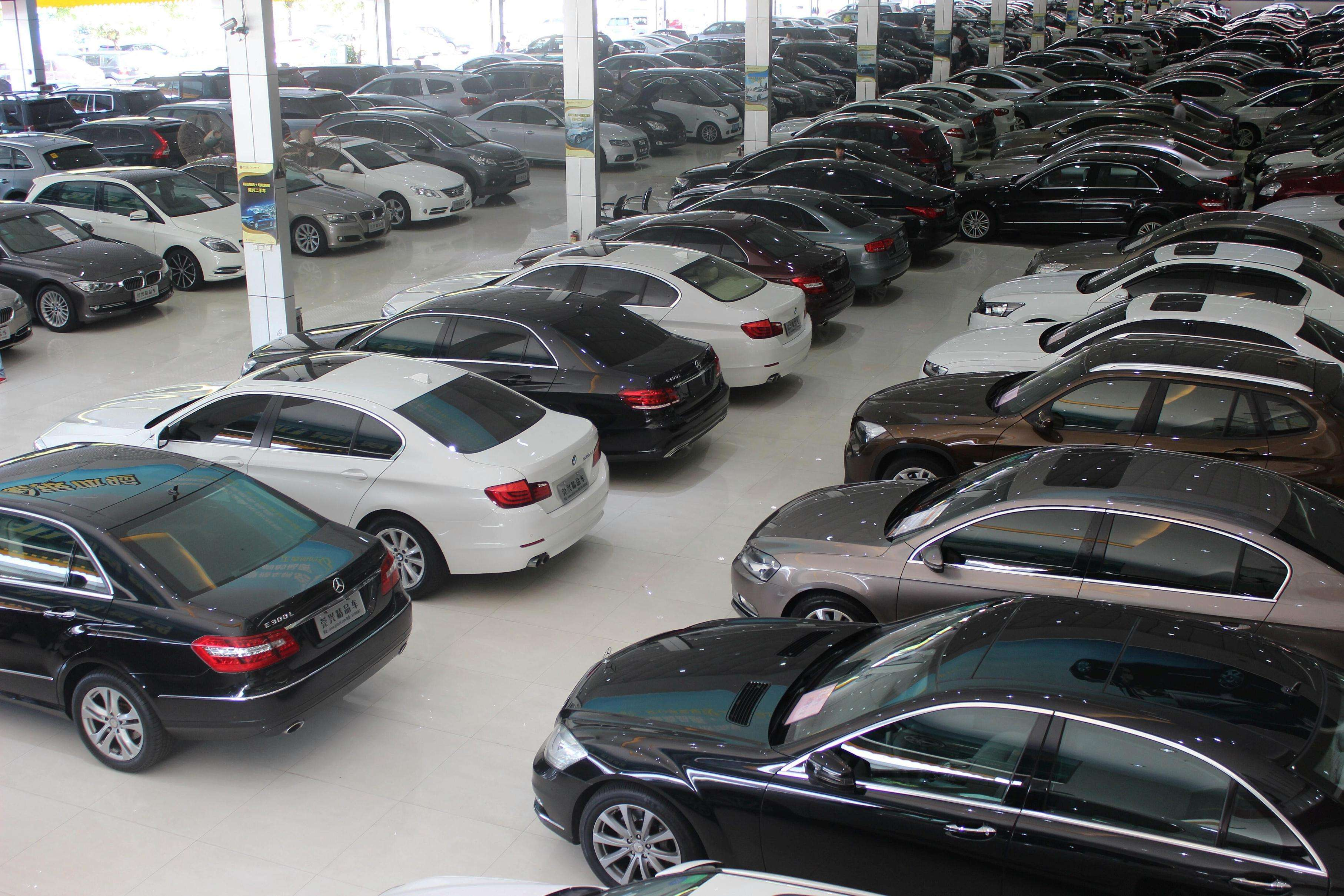 老司机都不敢碰的几类二手车,价格再低也不要