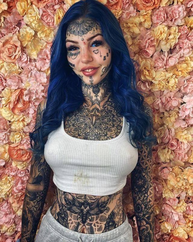 """原创 澳大利亚女孩纹身上瘾!花费14万做整容,被嘲""""花钱找罪受"""""""