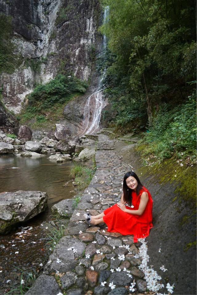 原创 楠溪江有一个亚洲最高玻璃云台,上去没有不腿软,却鲜为人知