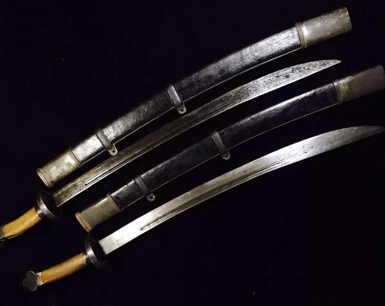 旧房改造发现大量马刀,证实是马家军的军刀,有着重要的历史价值