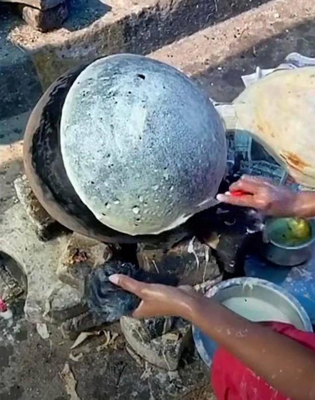 看了印度的街头美食,想不佩服都很难,网友说看完实在是受不了 增肌食谱 第15张
