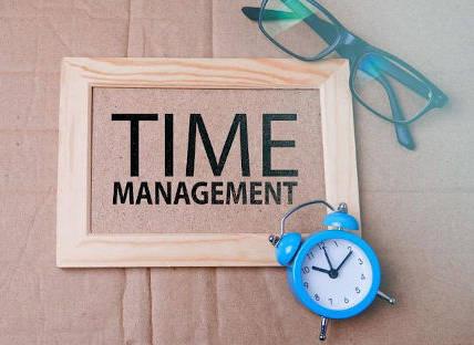 如何合理分配时间提高Essay写作效率?
