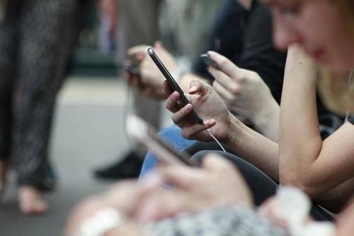 二线手机厂商的生存之道,还会奏效吗?