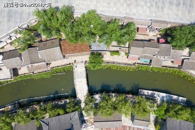 山东沂蒙山区复制了一座江南古镇