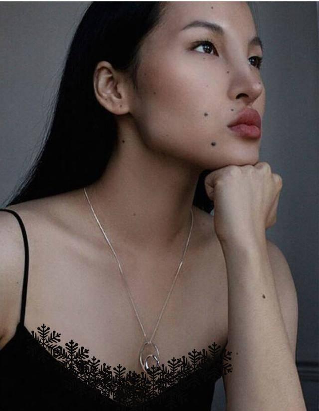 """原创 又一""""阿凡达""""超模被捧火,时尚界的审美,什么时候变得如此奇葩"""