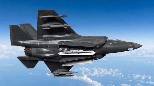 六代机或将首飞,日本新购105架F-35,争分夺秒研制