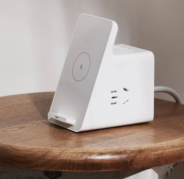小米垂直无线插座三合一插座设计,有线和无线
