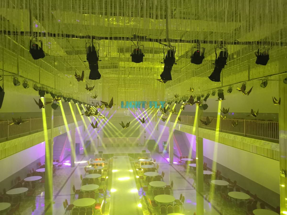 高端旅店婚庆宴会厅灯光现场案例