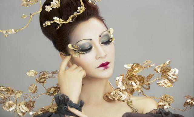 原创顶级化妆术多神奇?毛戈平夫人演绎古风cos,宛如少女效果令人惊叹