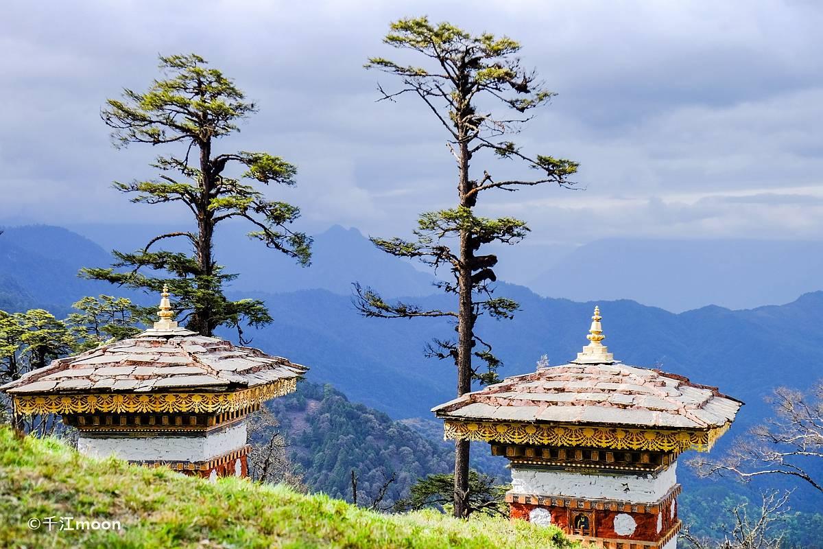 喜马拉雅深山中的108佛塔,为世界和平祈福而建!