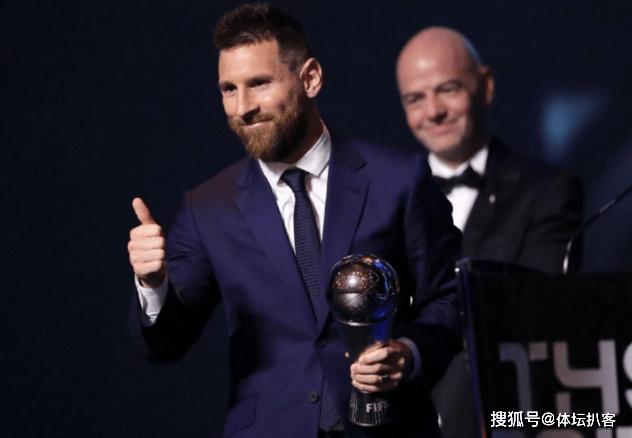 翻转!曝世界足球老先生评比有希望修复:莱万热门,梅西c罗C罗也是有机遇
