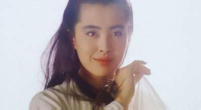 王祖贤素颜近照曝光,很是年轻,与之前流出的大妈照判若两人