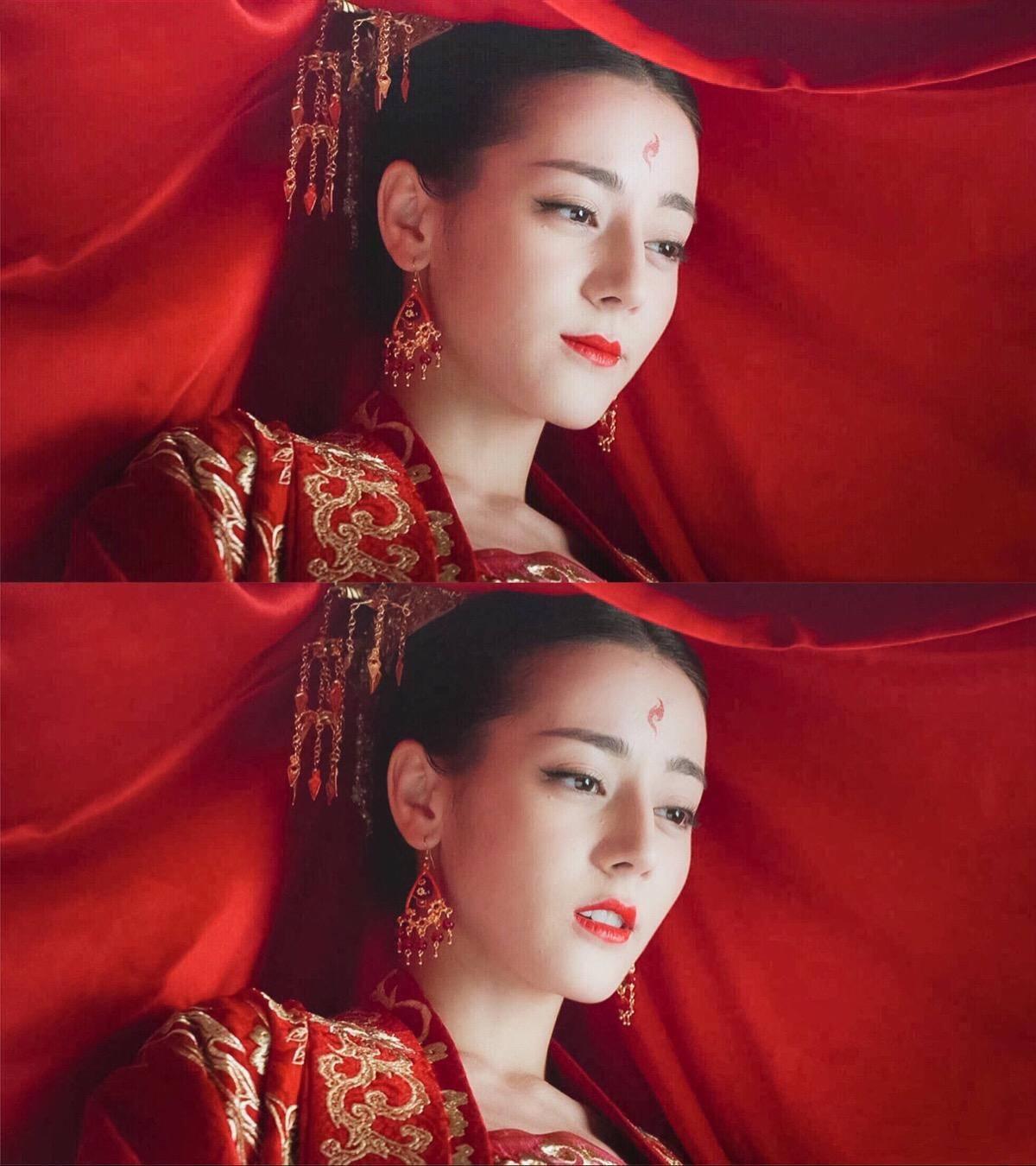 """原创不当小龙女的李若彤,浓妆艳抹美得太惊艳了,""""眼神杀""""好撩人"""
