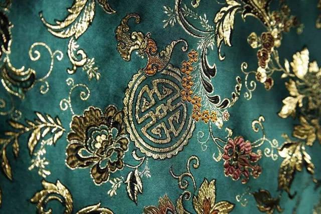 库页岛没桑蚕,却有一种高档丝绸,日本人出高价也难买到