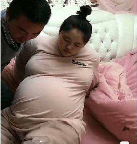别再说矫情了!分娩前一周,孕妇起身就是这么难