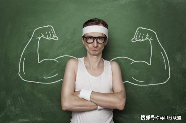 消瘦体型增肌,坚持一段时间后,不长肉怎么办?