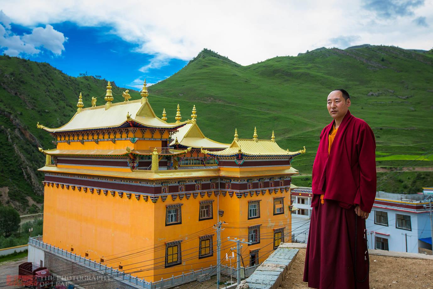藏区寺院,僧人闭关修行9年不出这房子,