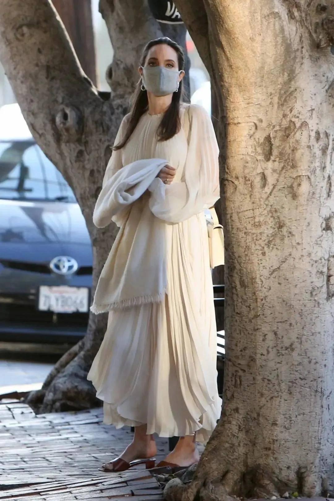 """45岁五个娃,穿""""窗帘""""美成希腊女神"""