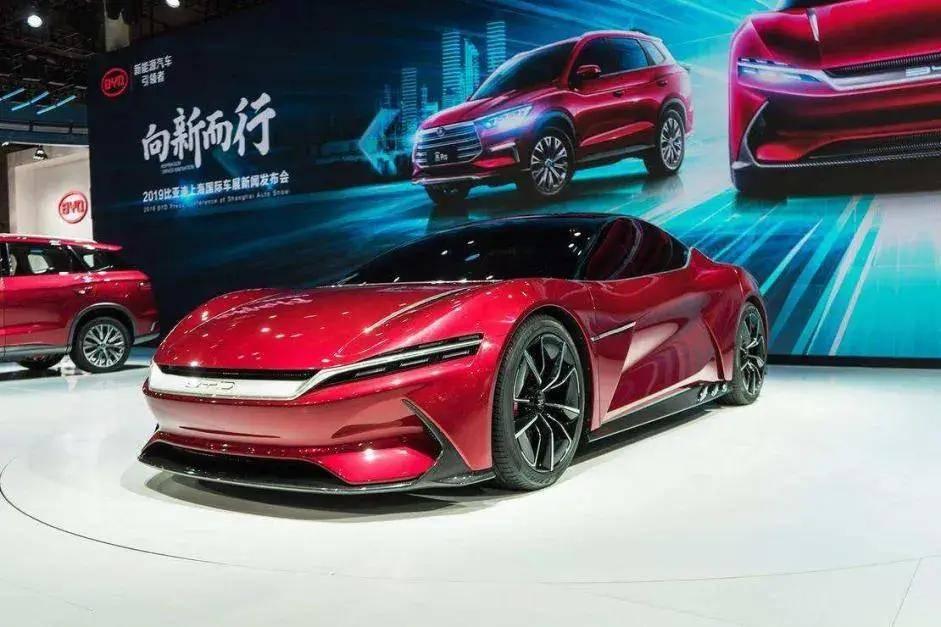 """比亚迪设计总监艾格:""""中国品牌也可以是高端品牌"""""""