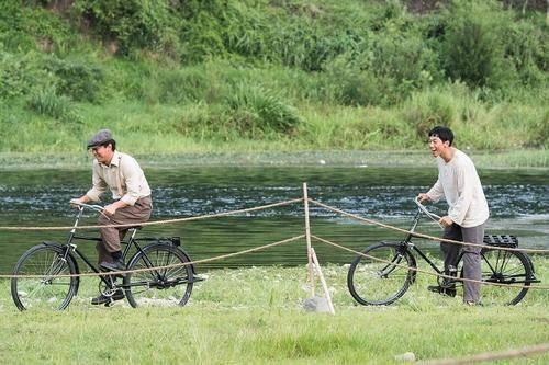 韩国电影《自行车王严福重》中的爱国精神