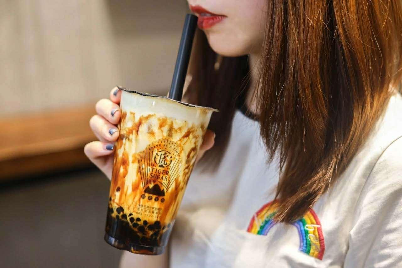 """""""秋天的第一杯奶茶""""你喝了吗?老虎堂刷的是牵挂 (图3)"""