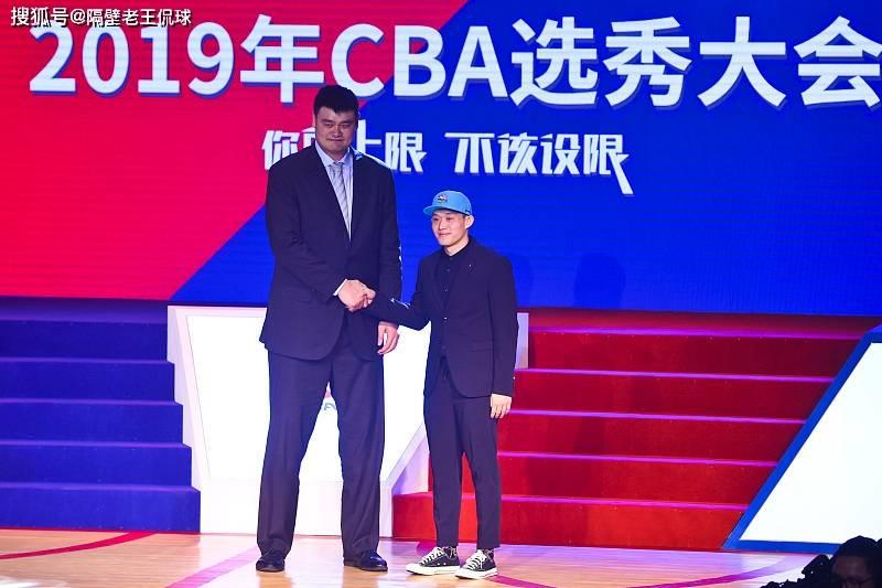CBA三大消息,CBA外援政策变动,广厦迎回旧将,新疆或再现败笔?