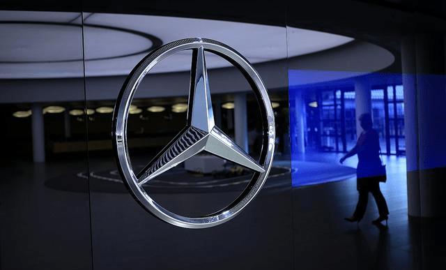 预计2021年公布的梅赛德斯驰骋EQS测试车将