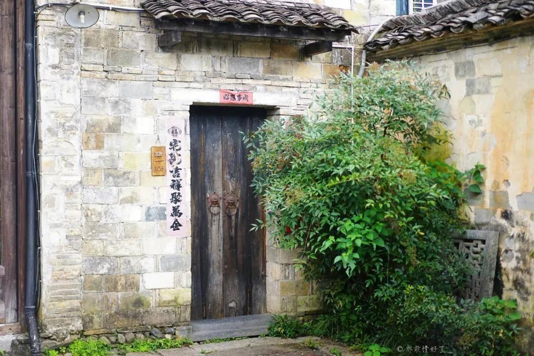 原创             中国人都很少知道的黄山小村庄,却是老外最爱,这个古村不简单